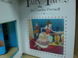 Books with double image effect